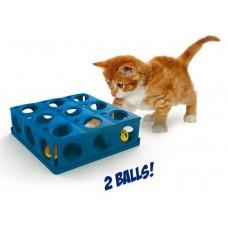 Играчка за котки TRICKY с 2 топки 25 x 25 x 9 см GEORPLAST Италия 10604